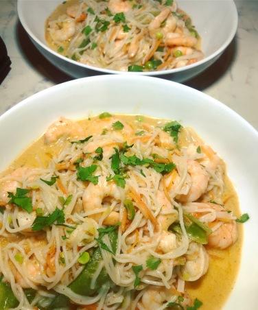 prawn curry noodle bowl